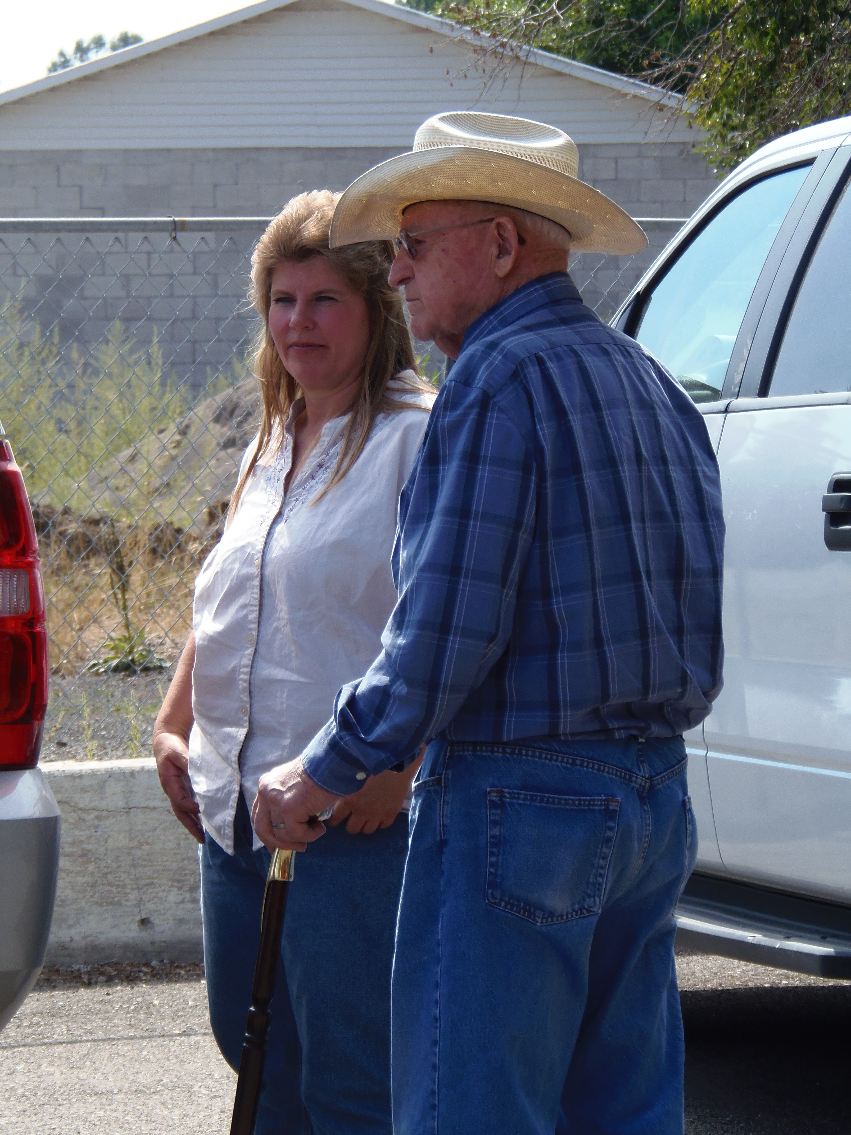 Photo of Stan Clark on a Watershed Council field trip.